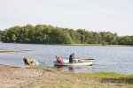 odpoczynek nad jeziorem